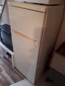 Хладилник Candy-за зареждане с фреон